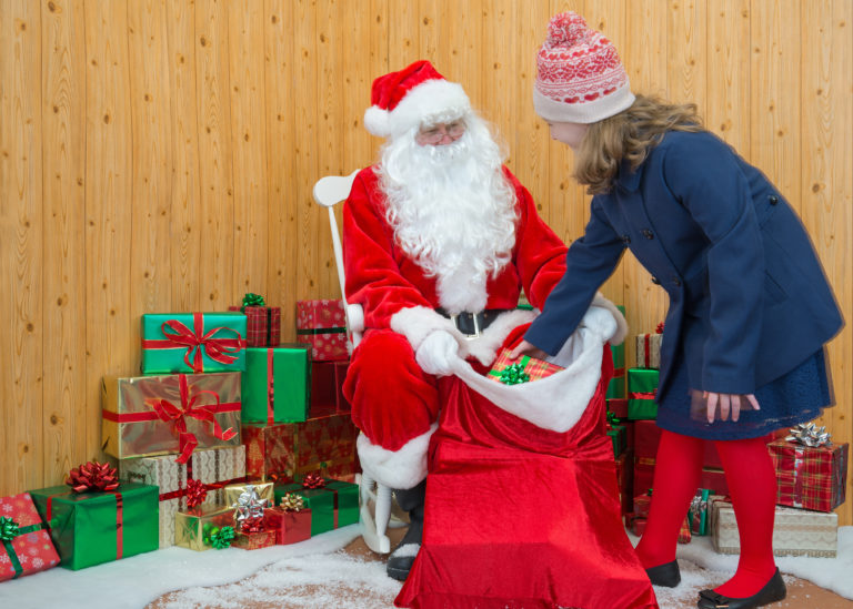 6 Beautiful Santas Grotto